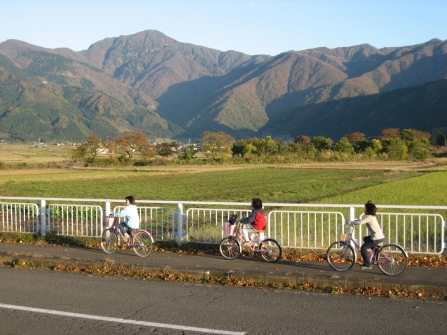 Kids, bikes and mountains, Kamisho, Fukui, Japan
